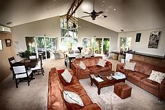 1439543417_Lounge150512_x240.jpg